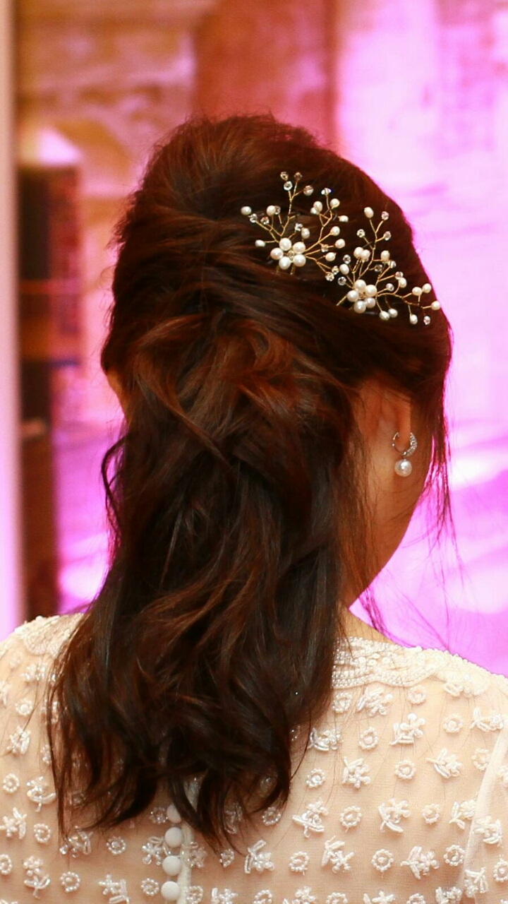 a set of 3 hair pins for bride image