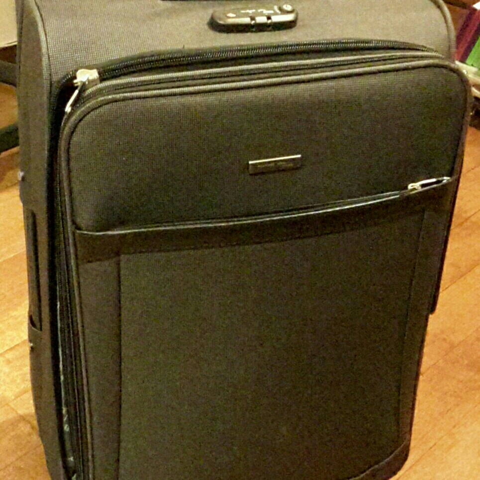 27 inch suitcase with wheels image