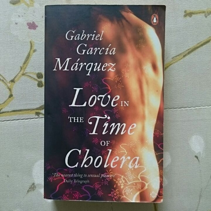 Love in the Time Of Cholera by Gabriel García Márquez image