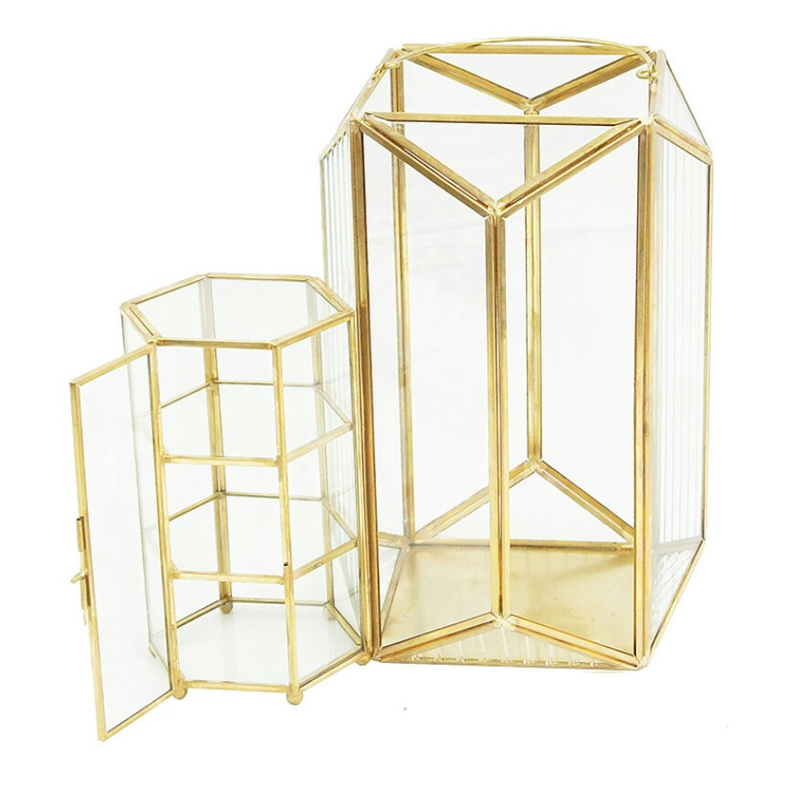 金色玻璃擺設 | Gold glass furnishings image